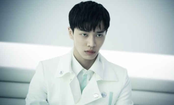 5-Drama-Memukau-Lee-Gikwang-HIGHLIGHT,-Karakternya-Bikin-Baper!Circle-Two-Worlds-Connected